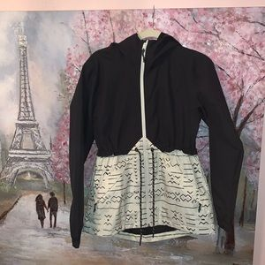 Burton lightweight black and white ski jacket